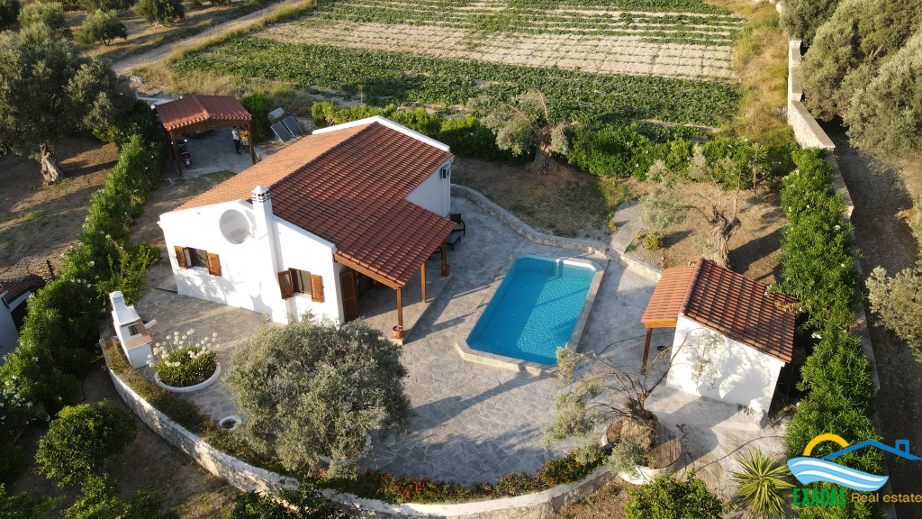 Villa of 95 sq.m on plot of 1031 sq.m in Pigi, Rethymno,  offering pool and large garden