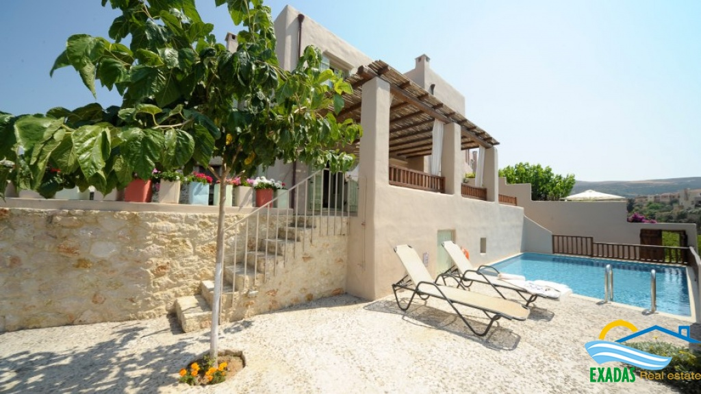 Specially designed villa of 2 bedrs including separate stone built studio, amazing Sea views, pool