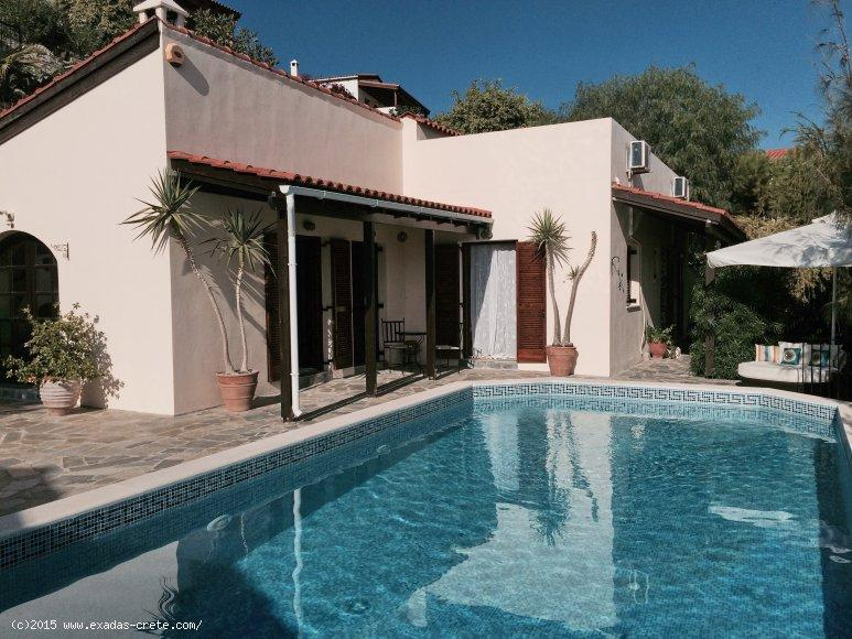 Now at 170.000€ for Brilliant villa with 3 bedrooms and s/p, greatly located! 2 kms from the beach!