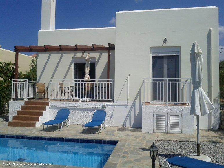 Lovely 2 b/rs house with swimming pool and roof terrace for sale in Loutra village close to Rethymno