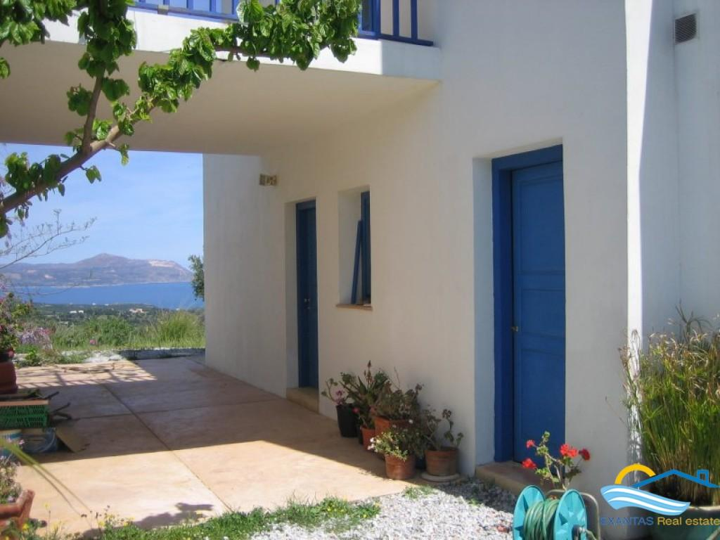 Large property consisting of 2 houses and 2 large studios with amazing view in Vamos of Apokoronas