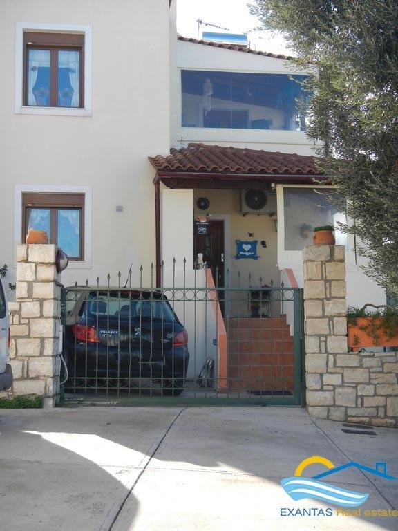 Large villa with 5 bedrooms, 4 bathrooms and swimming pool for sale only 5 min from Rethymno city