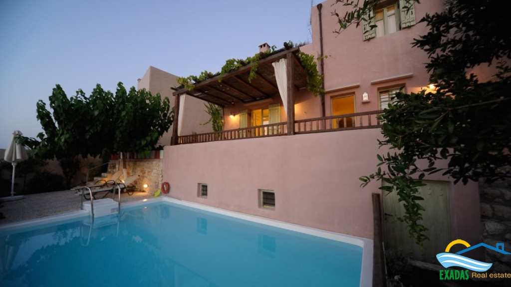 Amazing view villa built with traditional architecture style only 7 kms from the city of Rethymnon