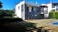 Very well located luxury property of 165 sq.m consisting of 2 individual houses!