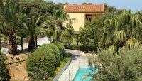 A luxury villa of 160 sq.m, built on plot of 3.000 sq.m located 10 kms from Rethymnon