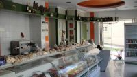 Very well located retail store of 76 sq.m near Rethymnon and by a Main road offering parking space!