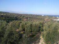A nice Sea view property within a walking distance from the beach and only 10 min from Rethymnon.