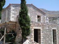 Lovely stone villa for sale in Kissos area not far from the city and beaches.